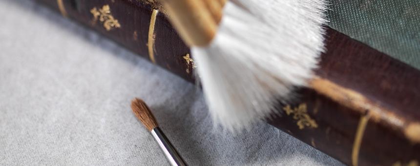 Buch und Papier Restaurierung