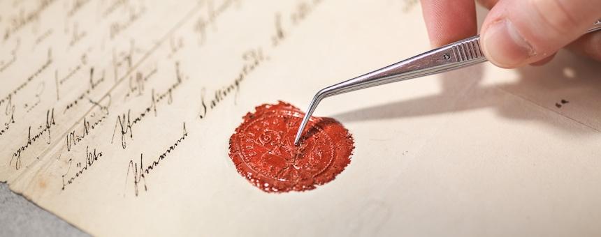 Papier, Pergament und Papyrus Restaurierung und Konservierung